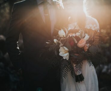 How online design trends can influence your wedding day