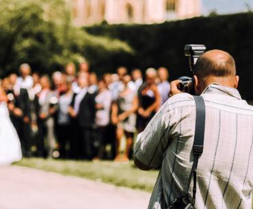 4 Ways To Display Your Wedding Photos